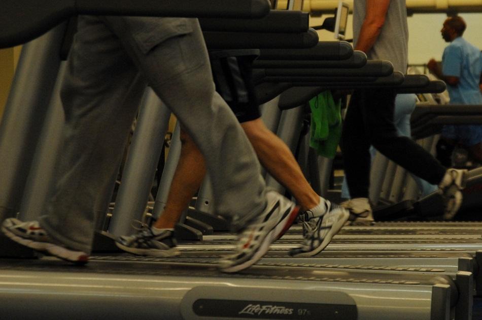 no-handrails-treadmills