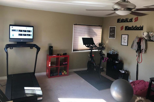 Treadmill-Basement-or-garage